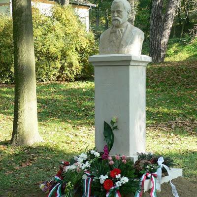 Szontagh Pál szobrának avatása 2008. október 11