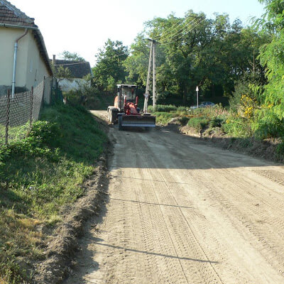 Béke út felújítása 2007.08-09.hó